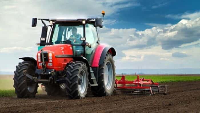 Utilize Hi AgroPro para abastecer os tratores do seu negócio