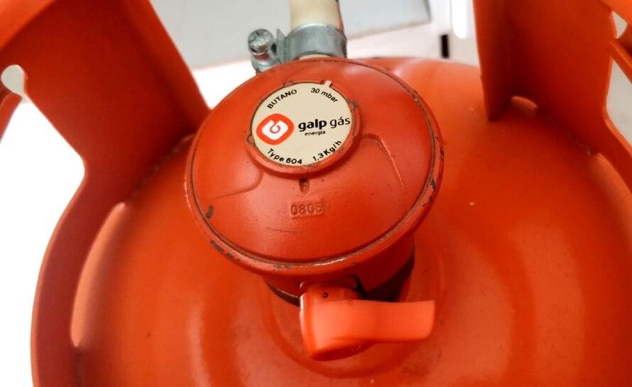 Usa un reductor en tus botellas de gas Galp